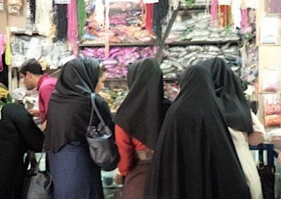 Shopping in the bazaar in Shiraz